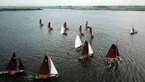 De Fryske Boerepream kon weer competitiezeilen in het jubileumjaar