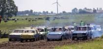 Autocross Makkum bestaat 30 jaar en viert dit met een openluchtspel: De Trochknaller