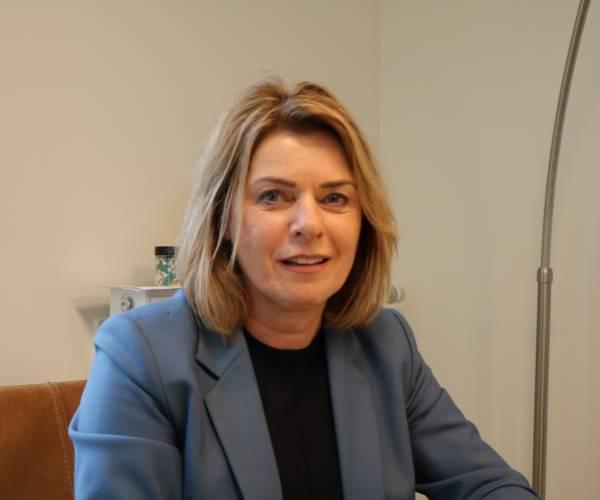 Burgemeester Jannewietske de Vries: