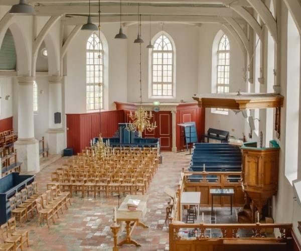 Onbegrijpelijke inbraak in de Van Donia kerk
