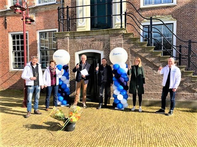 Van links naar rechts: Jaap Bosma, Anja Rombouts ,Bouwe Rijpma, Richard de Vries en Simonia van Dijk en Bert Veenstra