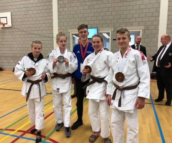 Judoka's Akkermans goed in Venray en Alkmaar