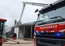 Brand bij mechanisatiebedrijf Easterein: door snel ingrijpen veel schade voorkomen