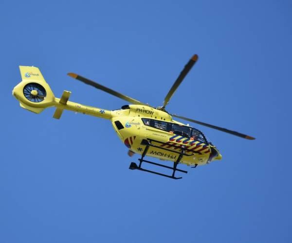 Kitesurfer raakt gewond op het IJsselmeer bij Workum