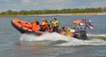 Zoektocht naar vermiste man op IJsselmeer stopgezet, zaterdag verder met zoeken