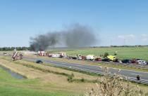 Zwaar ongeval met vrachtwagens op A6 bij Sint Nicolaasga